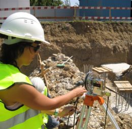 Crosshole sonic logging on site